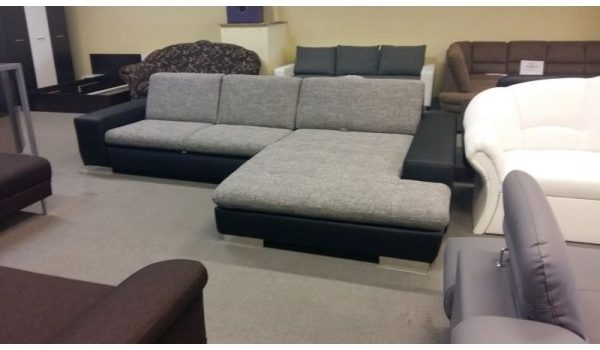 Agi kanapé