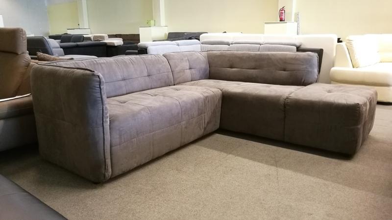 Modern, elegáns bútor RUGÓS ülőfelülettel