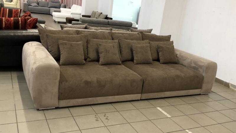 Big_sofa_1