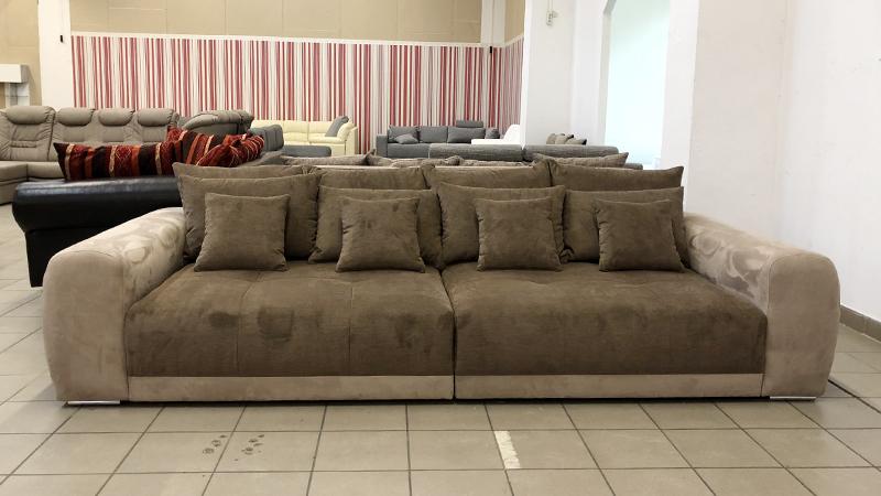 Big_sofa_2