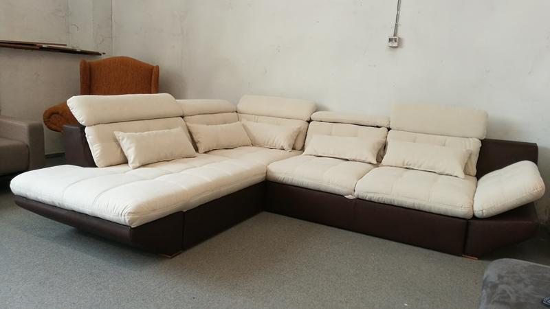 Állítható fej- és kartámaszos elegáns kanapé