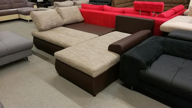 Akár két személynek is kényelmes alvást biztosító kanapé