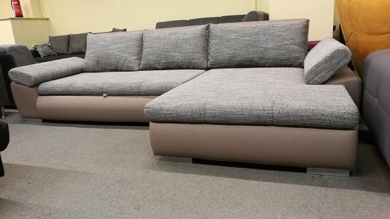 Állítható kartámaszos, modern kanapé többféle színben rendelhető