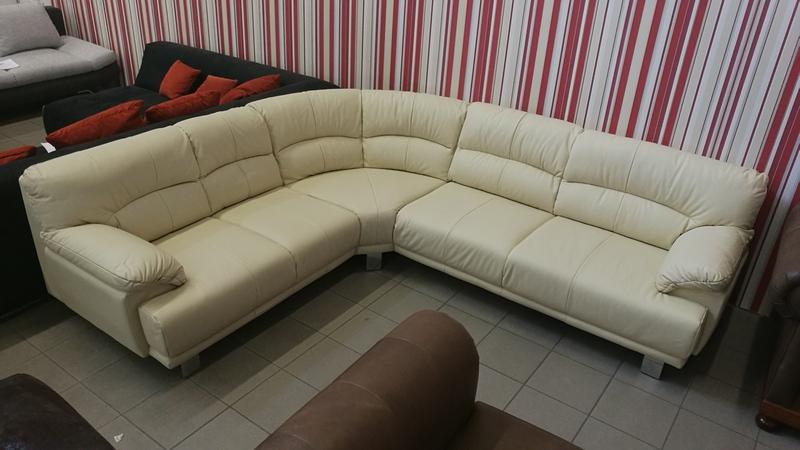 Cesare ülőgarnitúra, krém színű valódi bőrrel készült kényelmes bútor