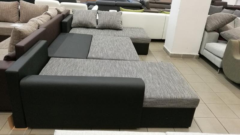 Billenő háttámlás kanapé, akár két személy részére is megfelelő pihenést biztosít, akár állandó használatra is