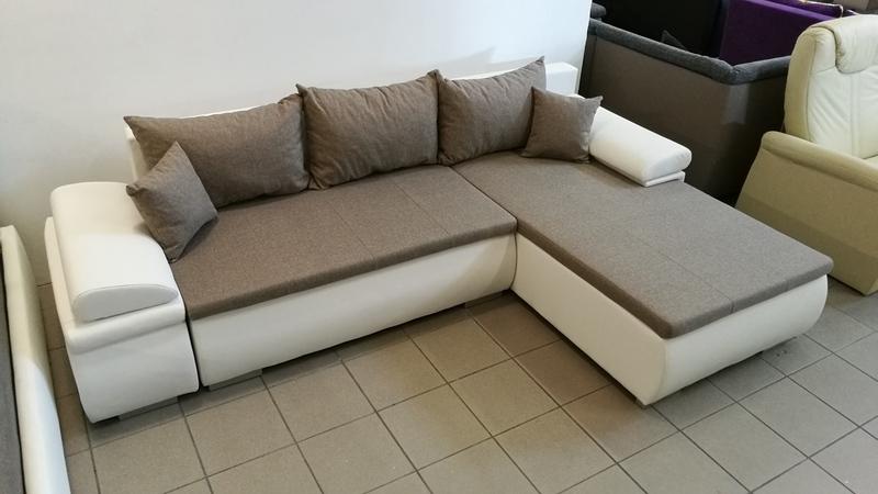 Impozáns megjelenésű extra kényelmes bútor, többféle színben azonnal raktárról vihető