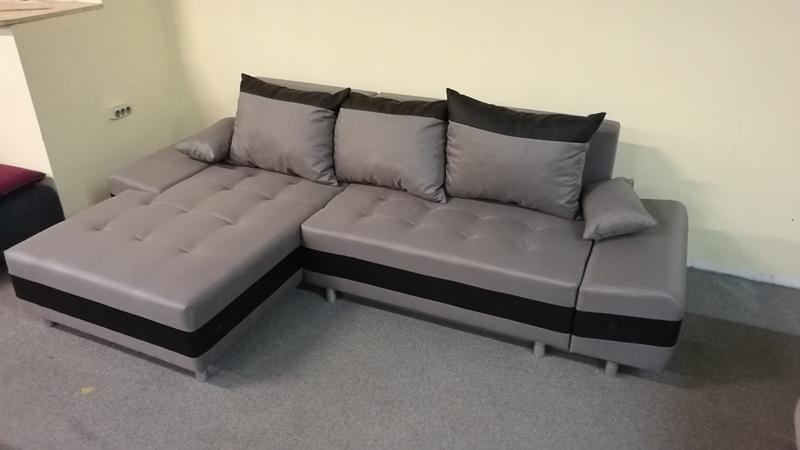 Divatos színekben, szövetekkel rendelhető kanapé