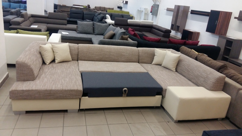 Könnyedén kétszemélyes ágynak nyitható kanapé