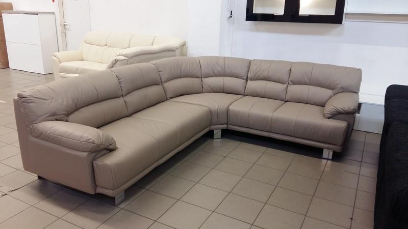 CESARE jobbos állású, kényelmes, valódi bőr kanapé