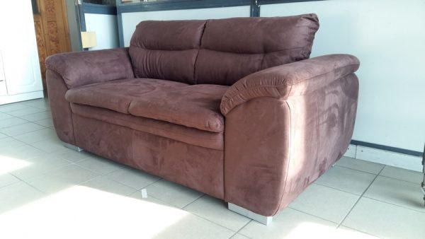 LEANDRA családtól megszokott kényelemmel és eleganciával készült kanapé