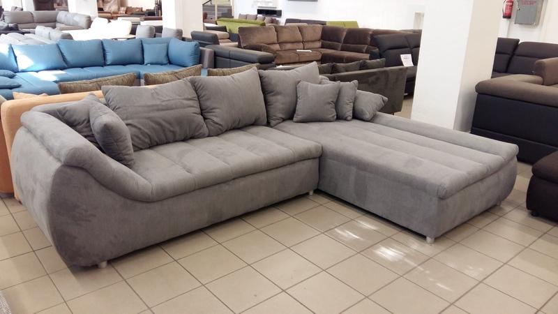Különleges formavilágú és kényelmű kanapé