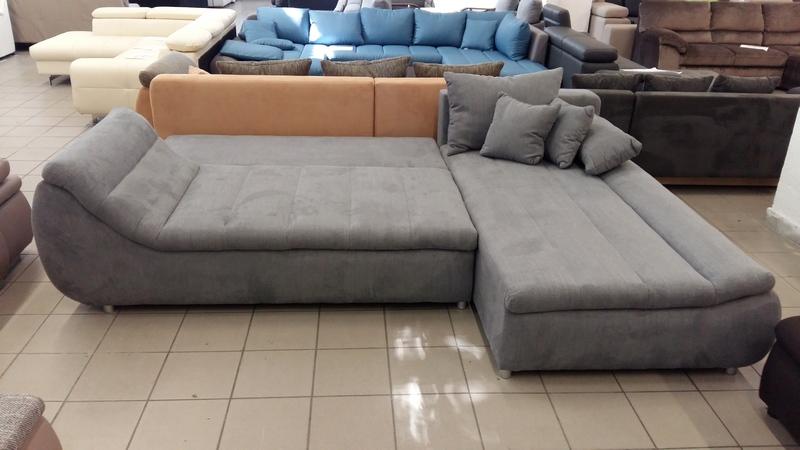 140 cm x 220 cm ágynak nyitható, kényelmes nappalibútor
