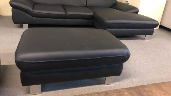 Driver L alakú kanapé puffal