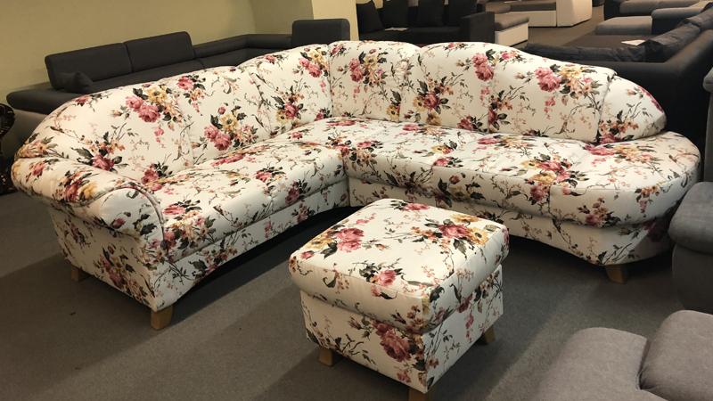 Myfair virágmitás kanapé, ajándék puffal