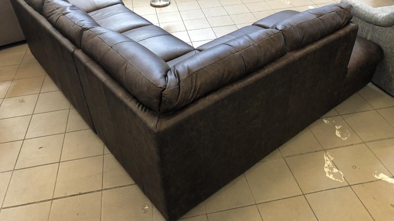William L alakú kanapé, hátkárpitozással
