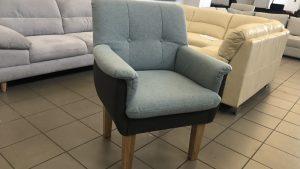 Luunja fotel kényelmes párnázott felületekkel